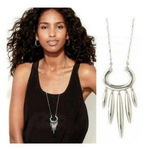 Stella & Dot Nahla Pendant Necklace - Silver NWOT